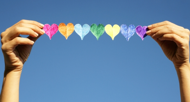 brochette-coeurs-couleurs-emoji.jpg