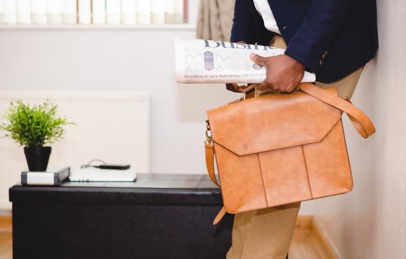 briefcase-office-man.jpg