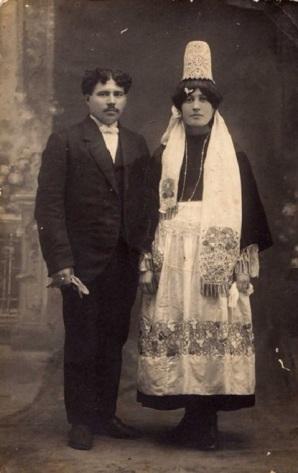 Un_mariage_à_Penmarc'h_en_1919.jpg